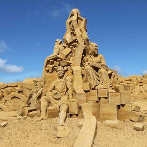 Sandskulpturen_Sondervig_2012